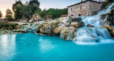 6 varme kilder i Europa, perfekt for et oppkvikkende bad